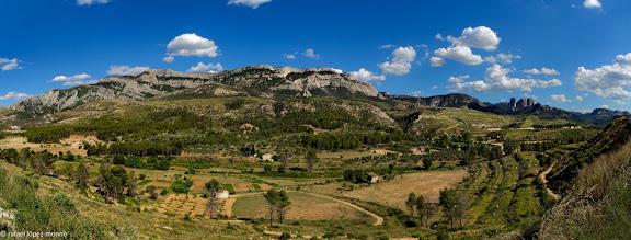 El tossal d'en Grillo i el Montsagre d'Horta,  els Ports d'Horta.Vall del riu Canaletes, Horta, Terra Alta, Tarragona