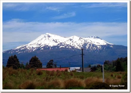 Mt Ruapehu still has snow despite the warm weather