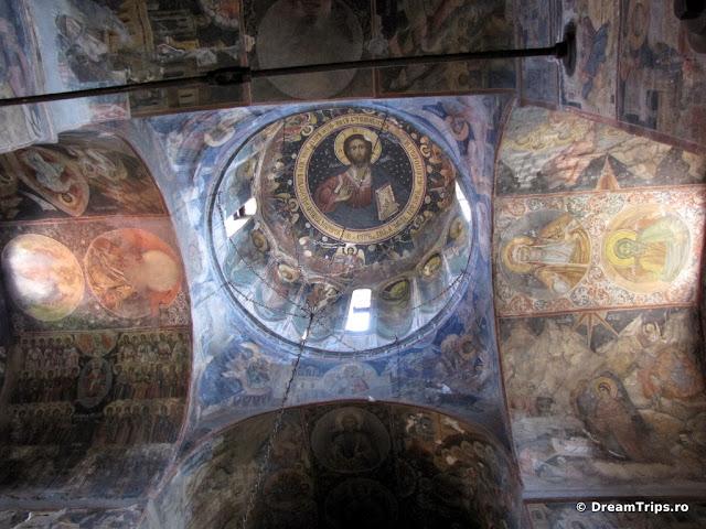 Biserica domnească - Curtea de Argeş