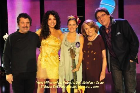 Vane Mihanovich, Patricia, Sol, Mónica y Oscar.jpg