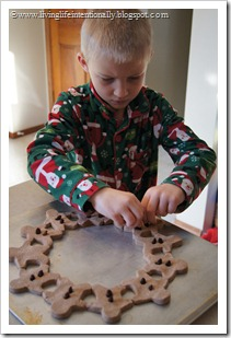 kid made Christmas wreath
