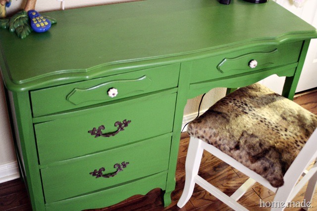 Green Desk Makeover home.made