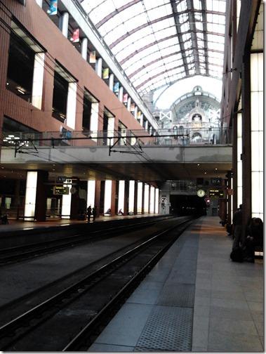 Antwerpen-Centraar アントワープ中央駅