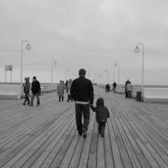 walk_on_pier