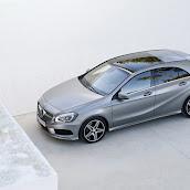 2013-Mercedes-A-Class-11.jpg