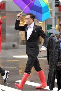boys_hot_men_man_males_male_sexy_best_guys_ssfashionworld_slovenian_slovenska_blogger_blogerka_ed_westwick_chuck_bass_actor_beast_gentleman_fancy_suit_gossip_girl_famous_hunter_boots_red