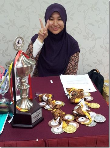 Farhana, UMP dan Trofi serta medal-medal