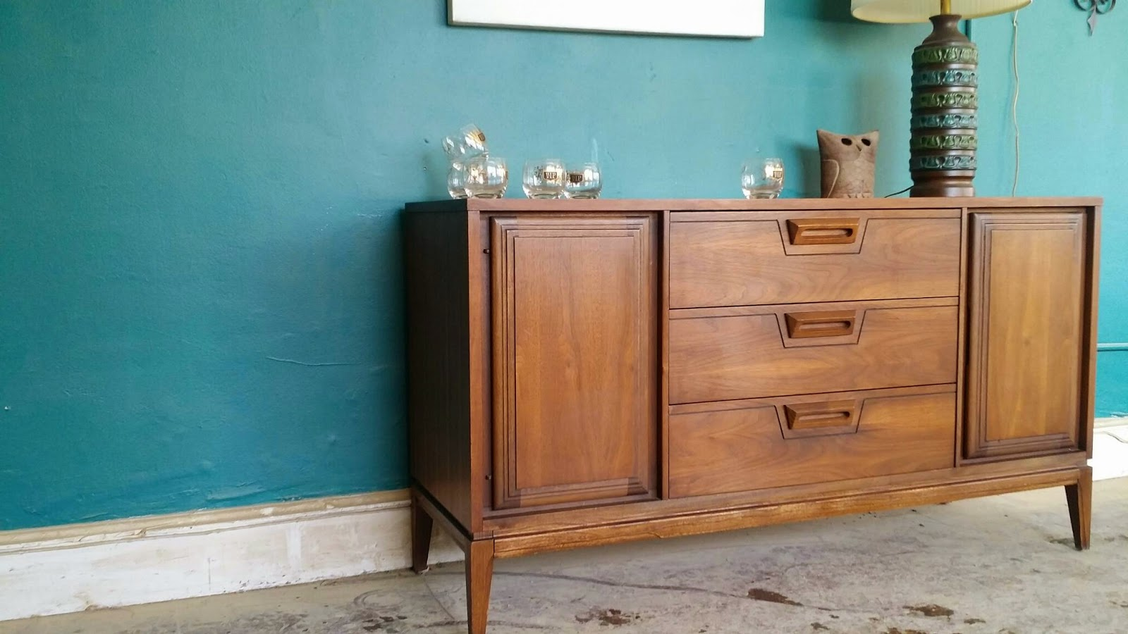 Vintage Ground Awesome Mid Century Credenza Buffet Media Console