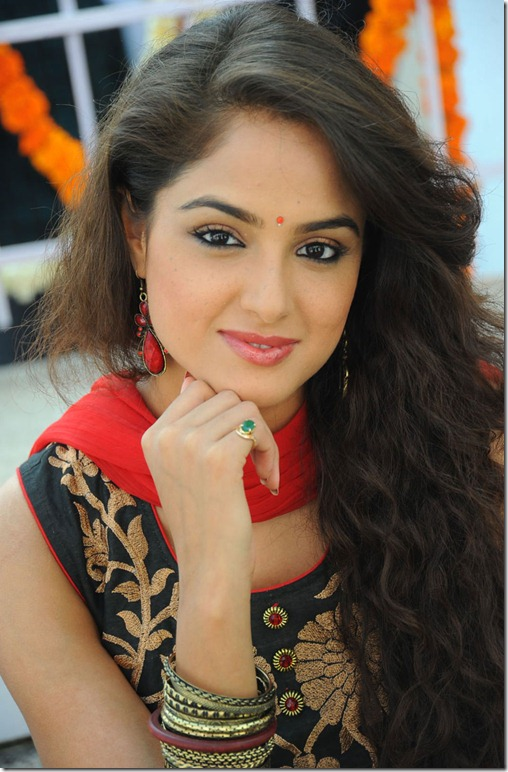 asmita_sood_latest_beautiful_stills