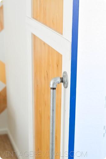 color blocked sliding door