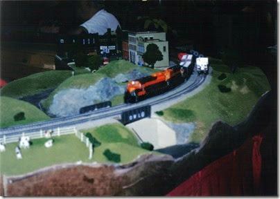 04 SOME Alumni Modular Layout at TrainTime 2002