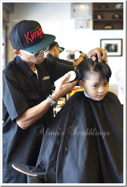 Amir masa potong rambut
