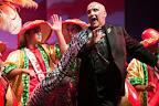 En el Carnaval 2014 se han dispuesto quince escenarios populares distribuidos por la ciudad y los barrios montevideanos, donde las agrupaciones presentan sus espectáculos al público / Foto: Leonardo Correa y Anibal Bogliaccini.