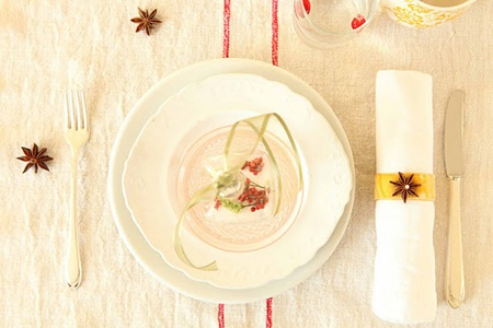Semplicemente Perfetto Simple Christmas tablesetting