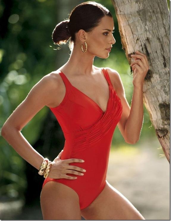 Catrinel-Menghia-bikini-Bogner-2