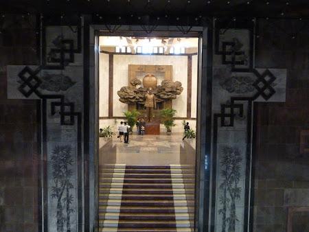 39. Muzeu Ho Chi Minh.JPG