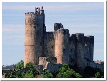 O Castelo de Najac, com a vila abaixo