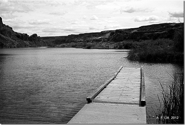 Deep Lake.  Photo of the Day, February 10, 2012.  Sun Lakes State Park.  Coulee City, Washington.  Memorial Day Weekend, 2004.