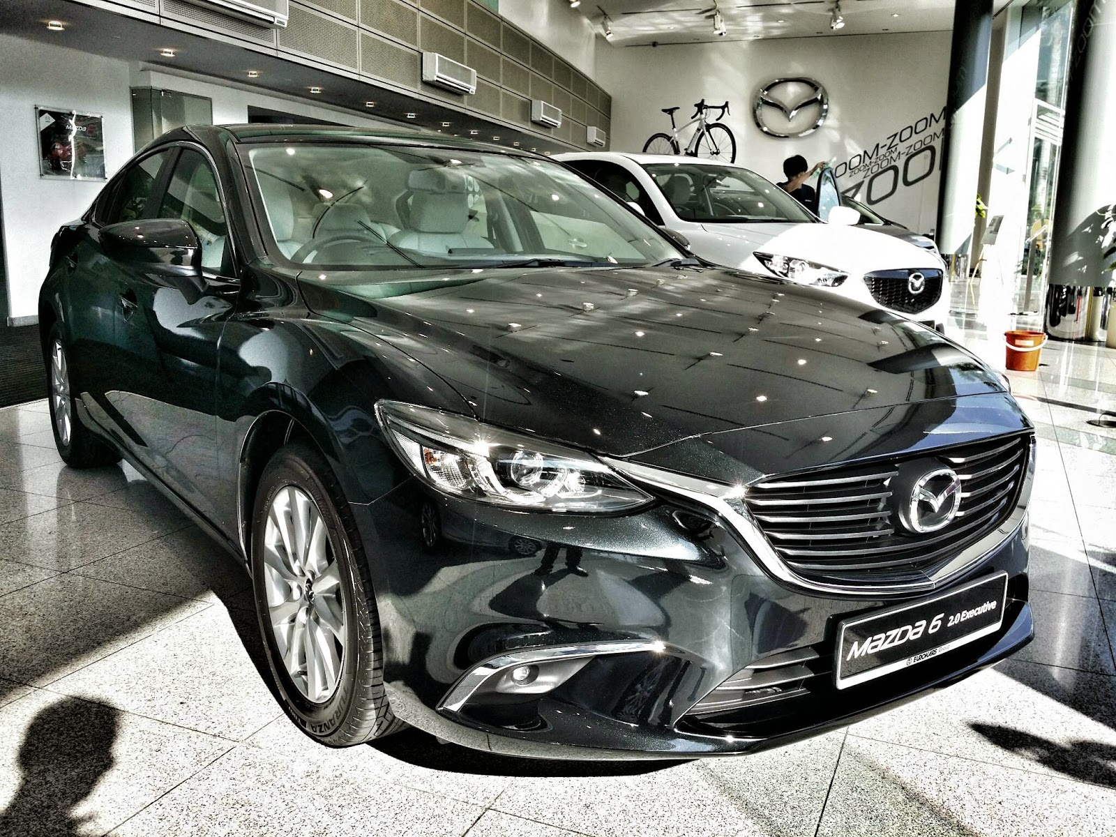 Today the mazda 6 has gained a slight facelift with some new touch up to the exterior as well as the interior to keep up with the mazda 3 and 2