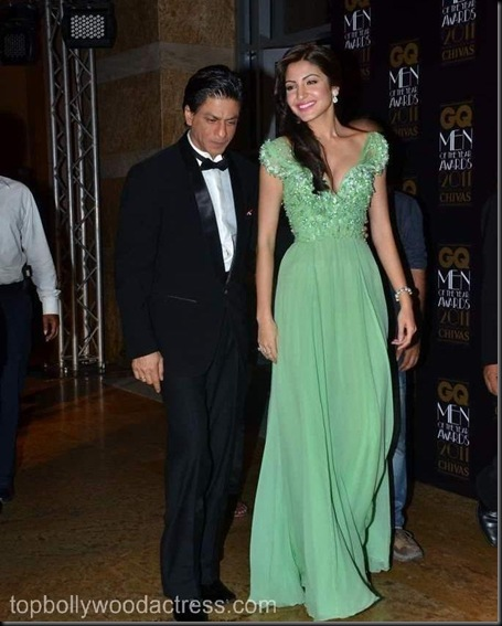 Shahrukh Khan_ Anushka Sharma at the GQ Men Of The Year Awards 2011