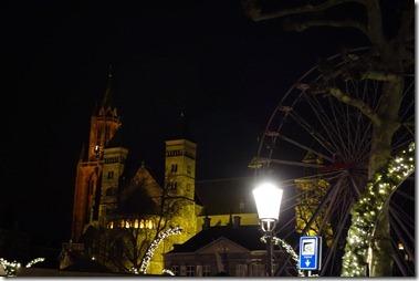 夜の聖セルファー教会 Sint-Servaasbasiliek Maastricht