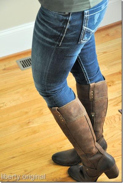 Boots side back