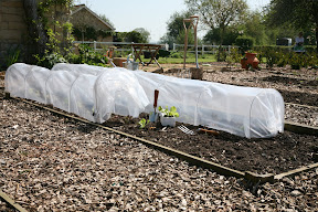 Easy Poly Tunnel - can be adjusted to suit needs