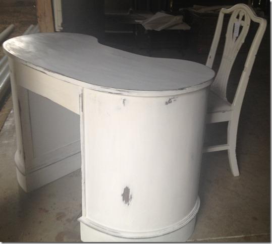 Shabby desk 009