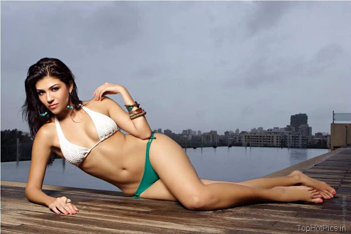 Archana Vijaya Latest Hot Photo Shoot Pics 12