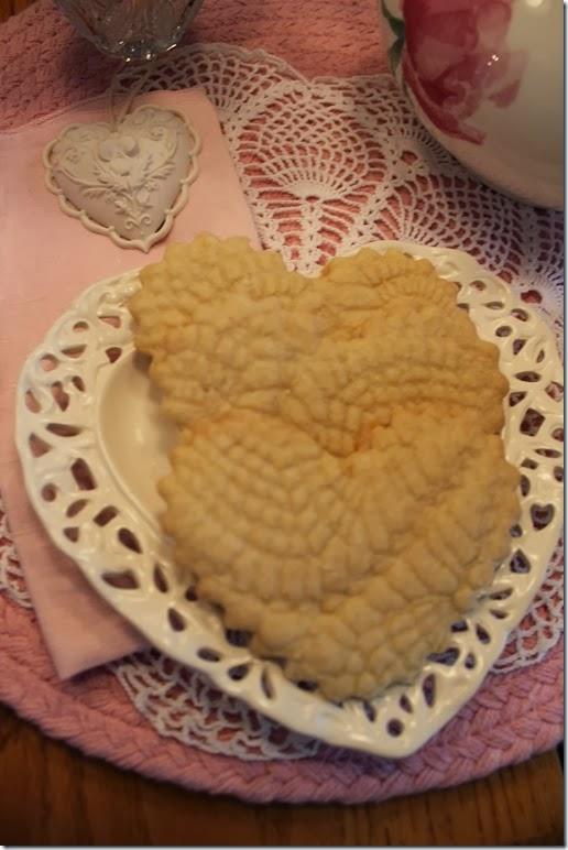 Doily Cookies 010