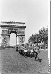 fallait-il laisser Paris, ville ouverte en Juin 1940 ?