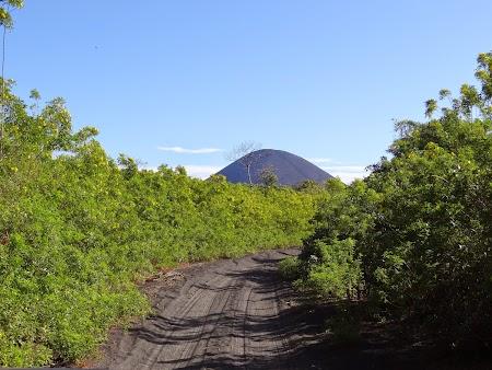 04. Vulcan Nicaragua.JPG