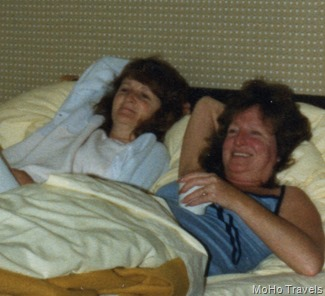 1985 Sue and Maryruth834