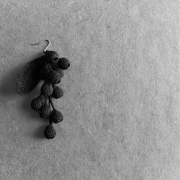 Peikko suzuran black