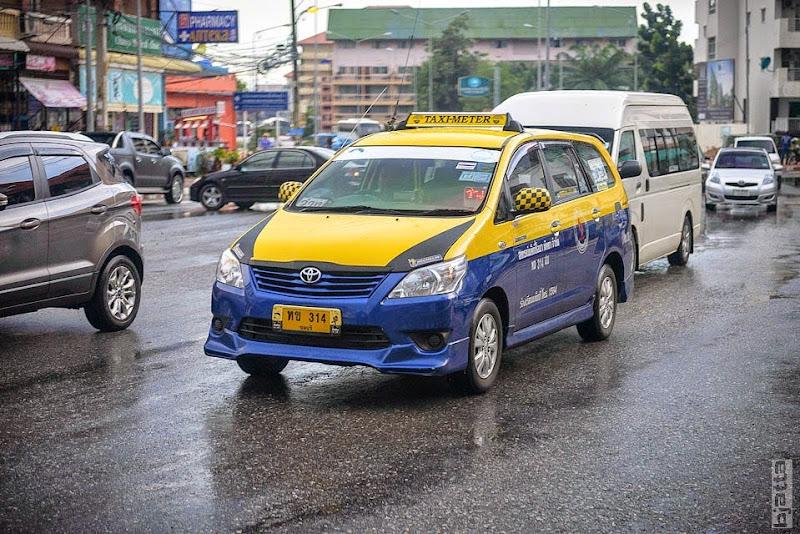 2557_Thailand_Pattaya_Jomtien_transport_tuk_tuk_tuck_tuck_taxi-42