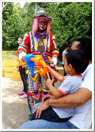 paddle pop legoland clown