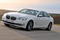 2013-BMW-7-Series-12.jpg