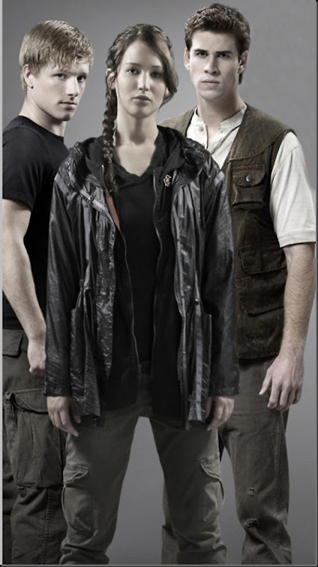 Katniss-Peeta-Gale-Hunger-Games-Photo1