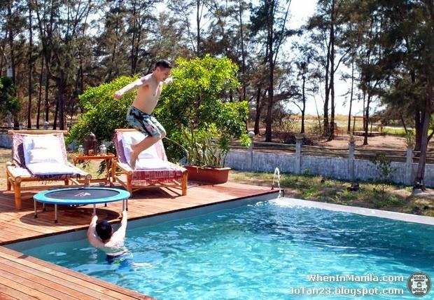 [zambawood-resort-zambales-philippines-jotan23-trampoline-pool-vince-golangco%255B4%255D.jpg]