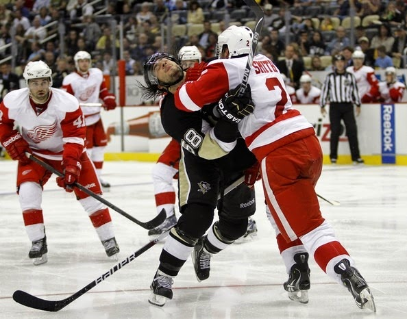 Brendan Smith Detroit Red Wings v Pittsburgh 89RfhZHK5JZl