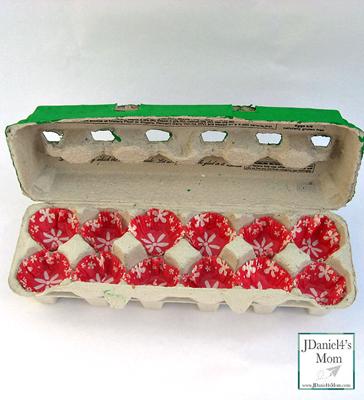 Egg-Carton-Holiday-Gift-Box-Inside