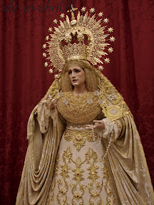 rosario-linares-triduo-y-rosario-de-la-aurora-2012-alvaro-abril-(21).jpg