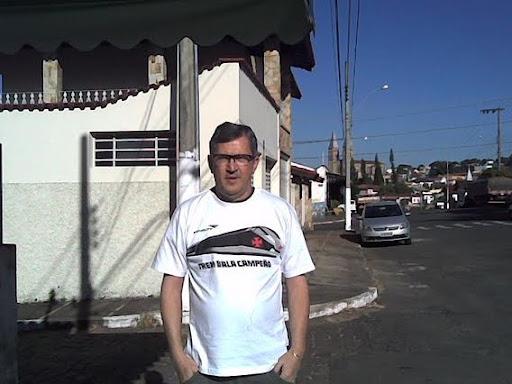JOTA CAMISA VASCO.jpg