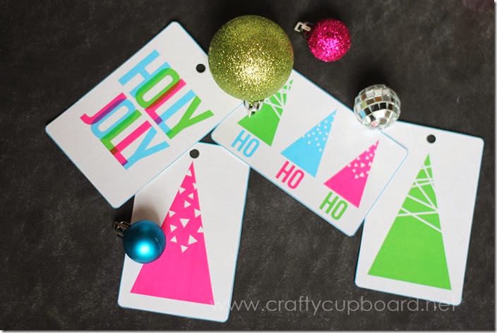 Holly Jolly Printable Gift Tags by the Crafty Cupboard