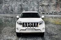 2014-Toyota-Land-Cruiser-Prado-18.jpg