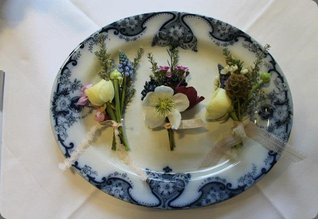 64107_303812856414185_2066399925_n blue poppy florist