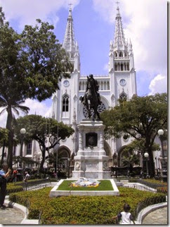 SA-EC2003-01-GuayaquilCathedral-640