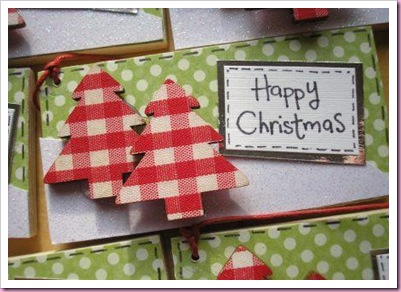 Gingham Christmas Tree Tag