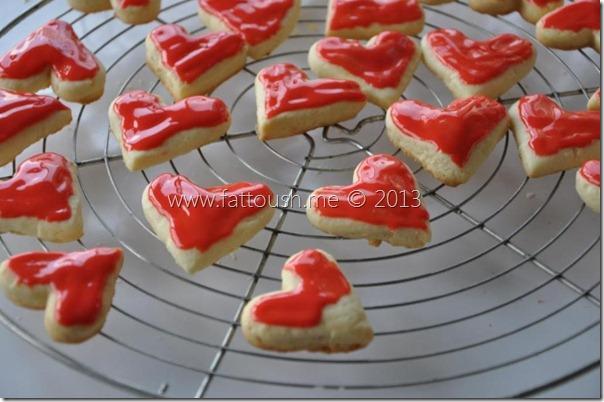 وصفة كريمة السكر لتزيين البسكويت من www.fattoush.me