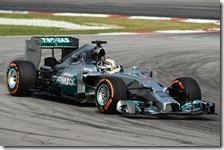 Hamilton conquista la pole del gran premio della Malesia 2014